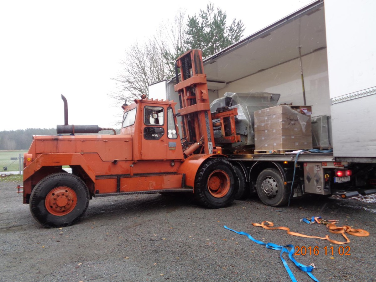 loading-off-simplacutter4